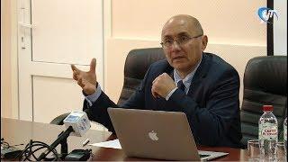 Главный внештатный онколог Северо-Запада Алексей Беляев оценил уровень помощи онкобольным в области
