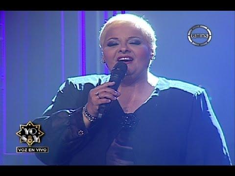 """María Martha Serra Lima cantó """"A mi manera"""" en la voz de Vicky Huby"""