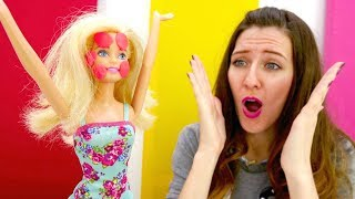 Barbie muñeca tiene alergia. Vídeos para niñas.