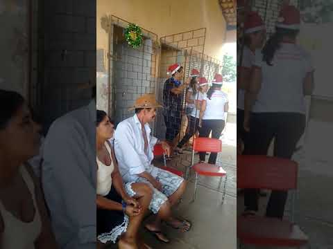 Amo e caridade no povoado Ginipapo em Aquidabã doação de brinquedos roupas calçados cestas básicas