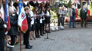 preview picture of video 'Les élèves du lycée M. Sorre à la cérémonie du 11 novembre 2014 à Villejuif'