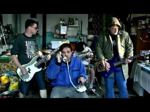 KZ - KULTURNÍ ZŘÍZENOST - Rakenroll   (Official Music Video 2013)