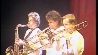 John Farnham - Paper Paradise+Infatuation 1986 (Live)