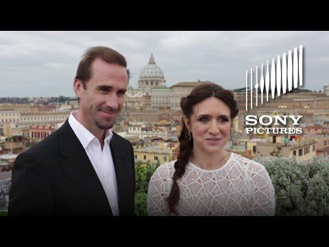 Video trailer för RISEN - Joseph Fiennes & Maria Botto Visit the Vatican