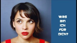 Norah Jones     ♦      What Am I To You  |  Acoustic Version