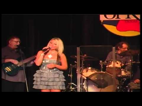 LACEE TURNER LIVE 2011