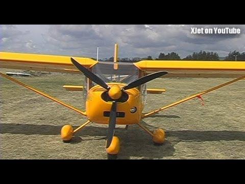 aussie-microlight-a22-foxbat-visits-tokoroa-airfield