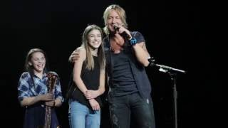 Keith Urban Gives Young Fan The Spotlight In Edmonton AB