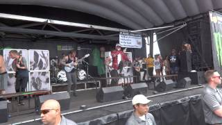"""Chelsea Grin """"Angels Shall Sin, Demons Shall Pray"""" at the AT&T Center Warped Tour 6-14/14"""