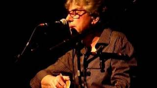 10CC live in Beverwijk 14-04-11 Love's not for me.MOV