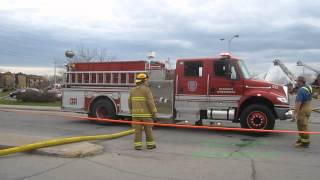 preview picture of video 'Sherrington Dept. - Fire Truck Hose Hopping'
