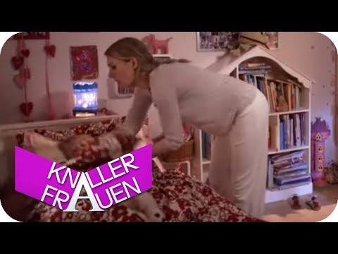 Falsches Kuscheltier [subtitled] | Knallerfrauen mit Martina Hill