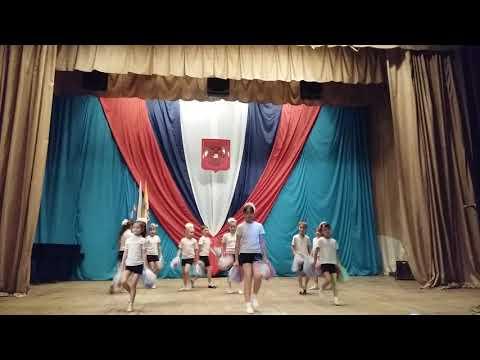 спортивный танец &кваот;Давай Россия&кваот;
