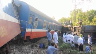 Khắc phục hậu quả vụ tai nạn đường sắt nghiêm trọng tại Thừa Thiên - Huế