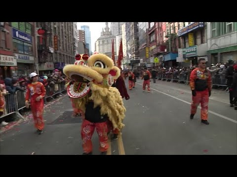 Drums, dragons and dancers paraded through New York's Chinatown Sunday to usher in the Year of the Pig in the metropolis with the biggest population of Chinese descent of any city outside Asia. (Feb. 17)