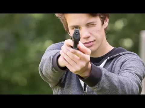 Jongen (16) uit Swifterbant met nepvuurwapen een nacht in de cel