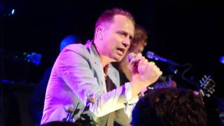 Stars - This Charming Man (Smiths cover at Littlefield 9/26/10)