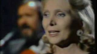 María Dolores Pradera Milonga sentimental (Audio Versión Caballo Viejo)