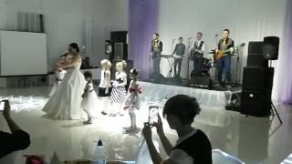 """Группа АльянS и Евгения Тютюнник. Жить вдвоем. Банкет-холл """"Этажи"""""""