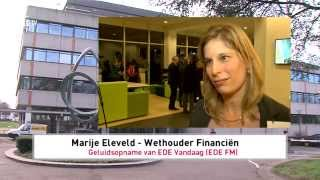 preview picture of video 'Wethouder Eleveld over Project mEde maken (EDE TV Nieuws 13-04-2015)'