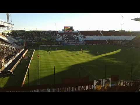 """""""Hinchada de Lanús Torneo de primera División 2016/17 Lanús 0 Aldosivi 0"""" Barra: La Barra 14 • Club: Lanús"""