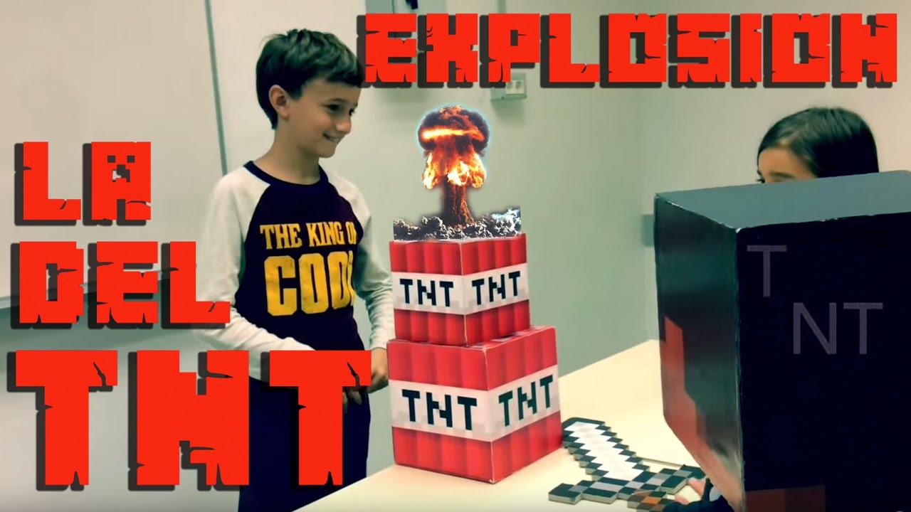 LA EXPLOSION DEL TNT - Steve Minecraft en el mundo real