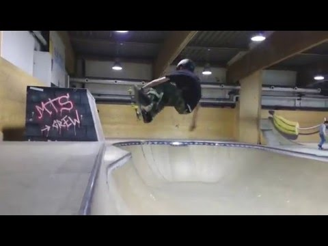 15 year-old skater Tyler Edtmayer, couple hours in the WUB Halle in Innsbruck, Austria