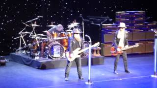 """Cheap Sunglasses"" ZZ Top @Beacon Theatre. NYC 03/01/17"