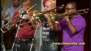 preview picture of video 'Elito Revé y su charangon en TV - Santiago de Cuba'