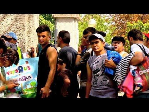 Autriche : Les habitants d'un village viennent en aide aux clandestins