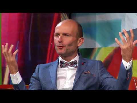 1. Dalibor Gondík (12. 9. 2017, Malostranská beseda) - 7 pádů HD