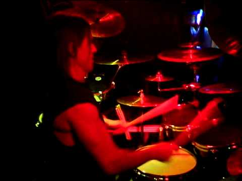 Mitch Hull Drum Solo at B52's Nov 26 2011.mov