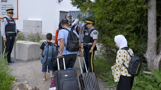 Asylum seekers use the US as a route into Canada