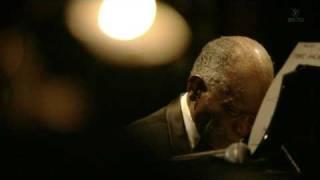 Hank Jones - In A Sentimental Mood