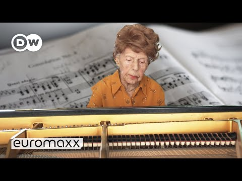 The Story of a 106-Year-Old Piano Player