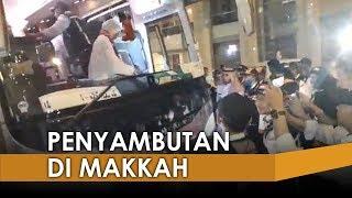Suasana Penyambutan Kedatangan Jemaah Haji Embarkasi Surabaya di Makkah