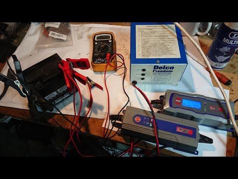 Cargar Batería Moto 12v descargada (cargador electrónico Vs transformador)