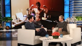 Mark Wahlberg Takes the Audience by Surprise - Video Youtube