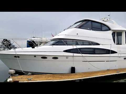 Carver 506 Motor Yachtvideo