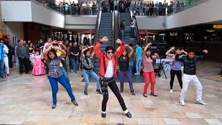 Michael Jackson Flashmob | MJ Impersonator Jhon Palacios