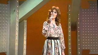 "Dottie West ""Live"" Country Sunshine"