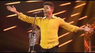 """Jon Secada cantó el tema """"Así"""" en Yo Soy"""