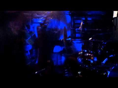 Neřev - Excentrický - Počátky fest