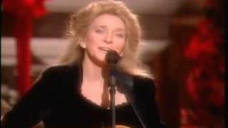 "JUDY COLLINS - ""Silver Bells"" Christmas Carol 1996"