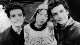 Blonde Redhead - Equally Damaged + In particular
