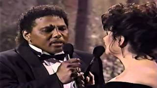Linda Ronstadt feat. Aaron Neville - Don't know much ( live )