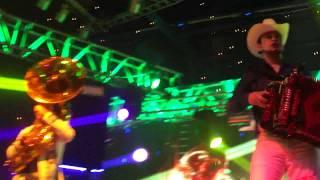 Calibre 50 - Baile Sexy & La Gota Fría - Rodeo Santa Fe