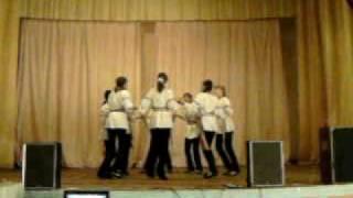 Hora din Moldova(dans de fete)