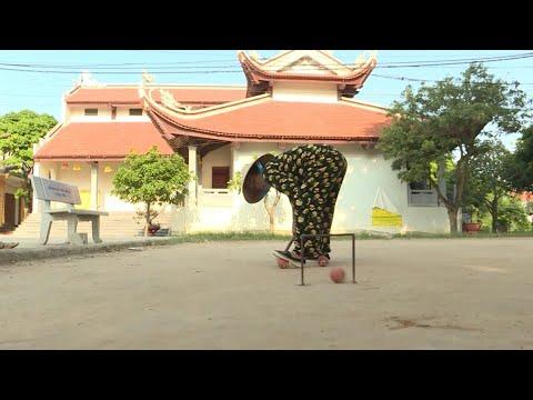 Les retraités vietnamiens mordus de croquet | AFP News Les retraités vietnamiens mordus de croquet | AFP News