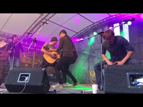 OKno - OKno - Prasata v žitě (z koncertu na Kefasfestu 23. 6. 2018)